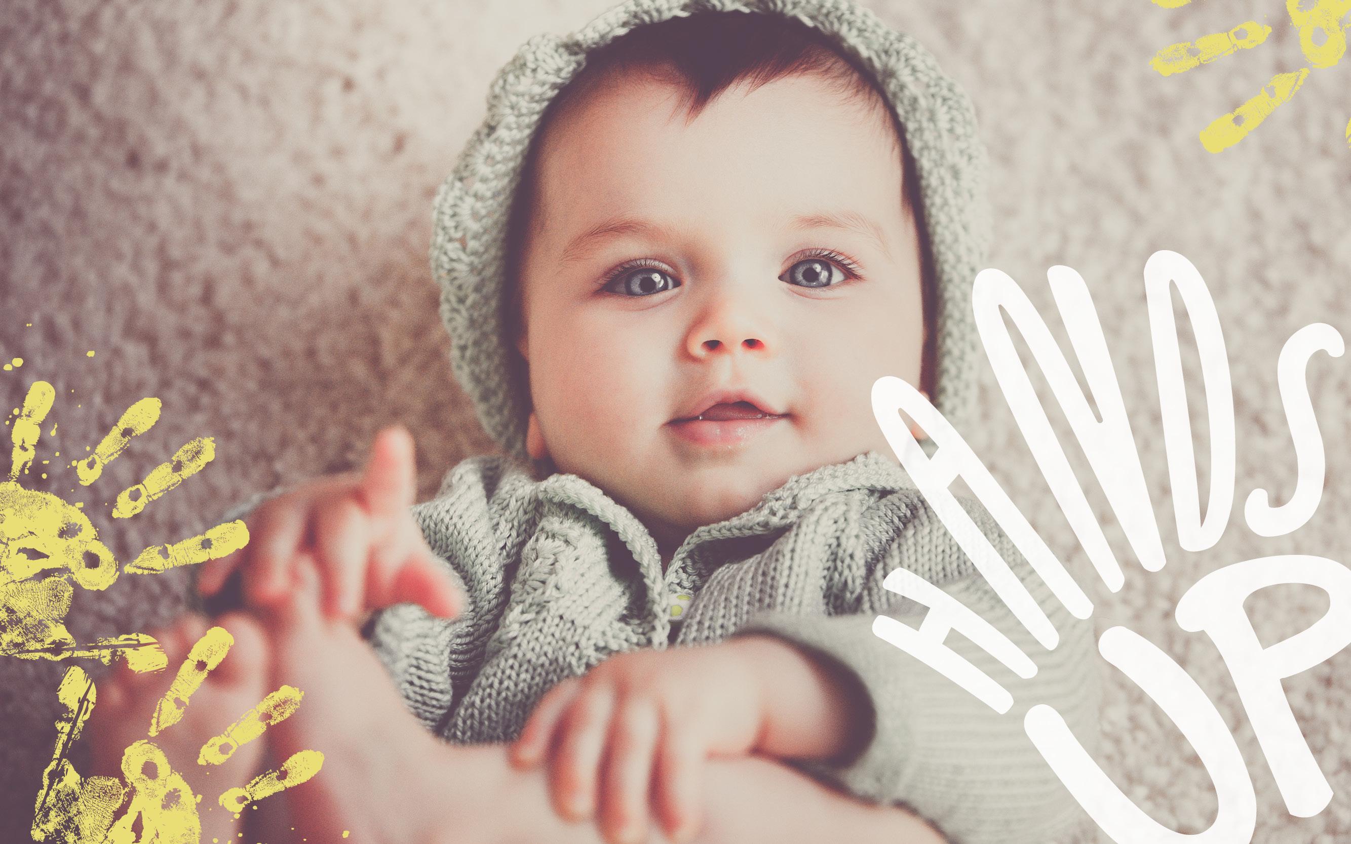 Hands_Up5